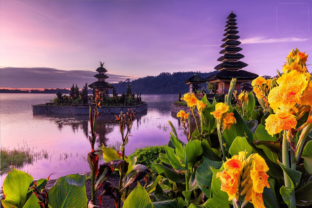 Ulun Danu Temple (Water Temple) at sunrise