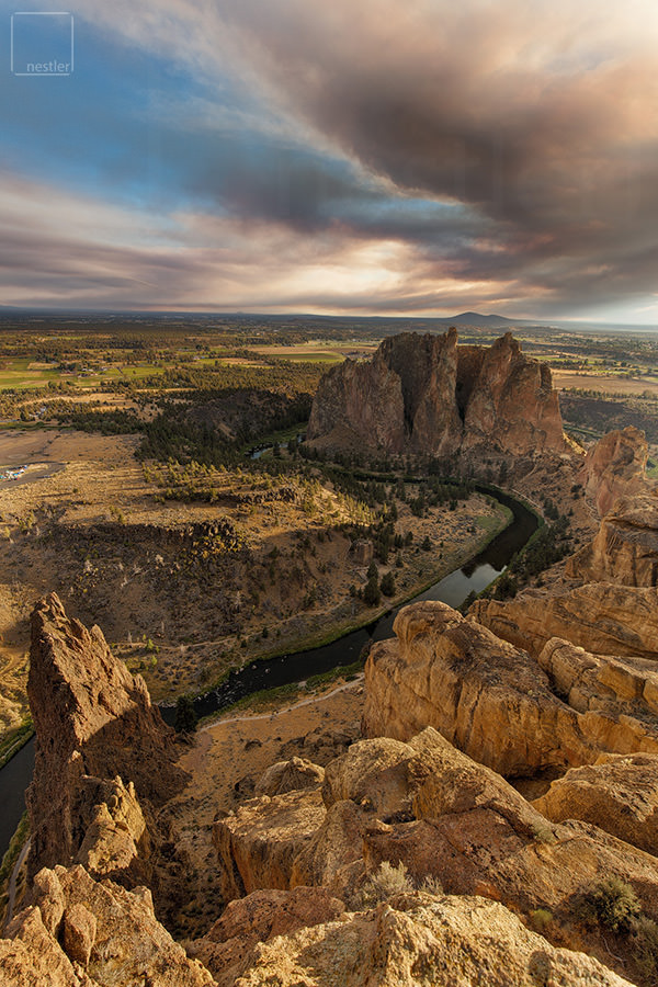 Smith Rock State Park at Sunset viewing the S in the River