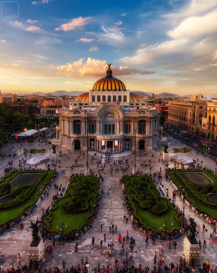 Sunset at the Palacio Des Bellas Artes in Mexico City